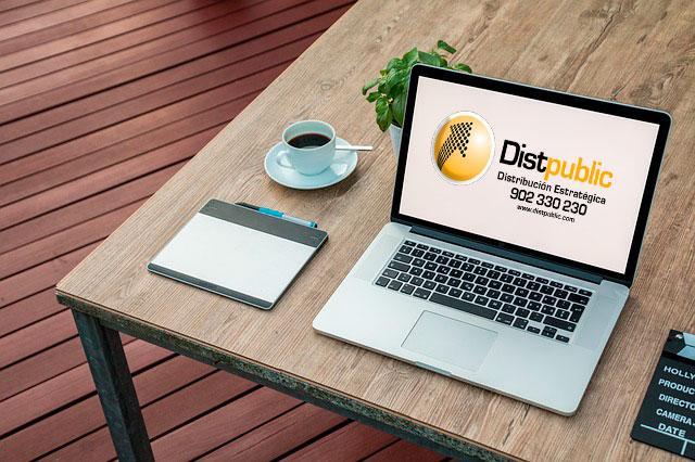Mesa de trabajo para la producción y diseño de campañas